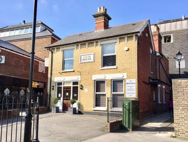 Brownbills Opticians Store Front